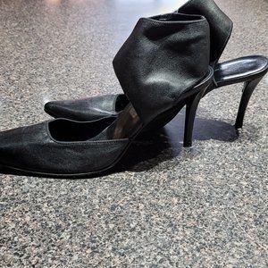 Soft Black Leather Angle Strap